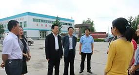 县委书记杜庆勇实地检查高考准备工作