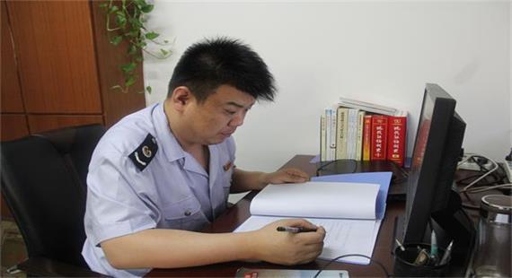 安国市第七届道德模范—李峰
