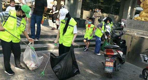 """保定市环保志愿者协会开展""""美丽中国,我是行动者""""活动,为创城贡献力量"""