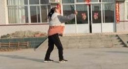 """涞水县富位小学开展""""童心同力同抗疫""""主题活动"""