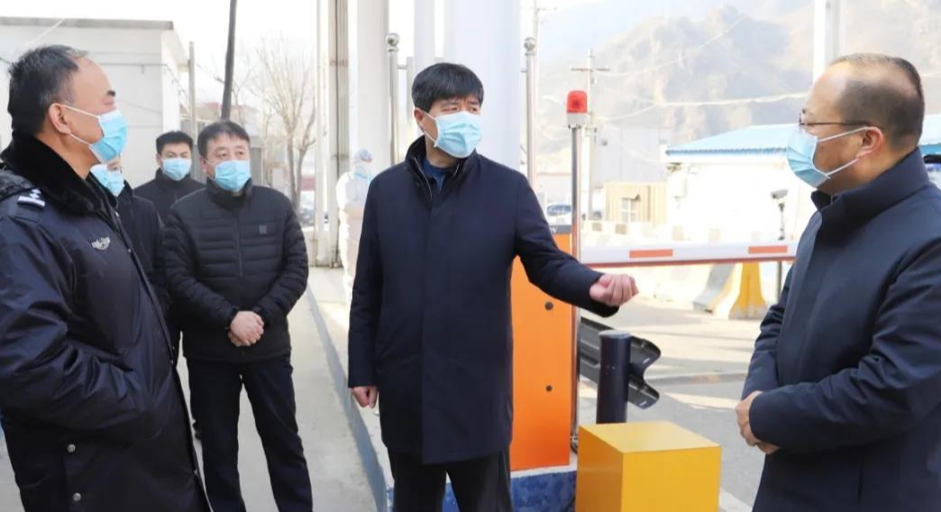 涞水县委书记王江就疫情防控等工作进行调研