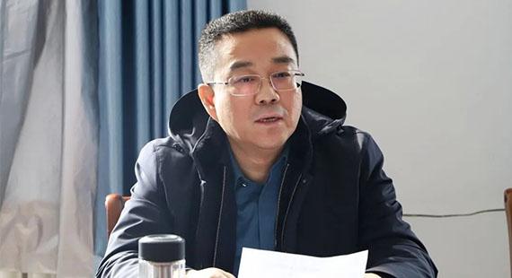 """涞水县委副书记、县长黄伟就""""两委""""换届工作到义安镇调研"""