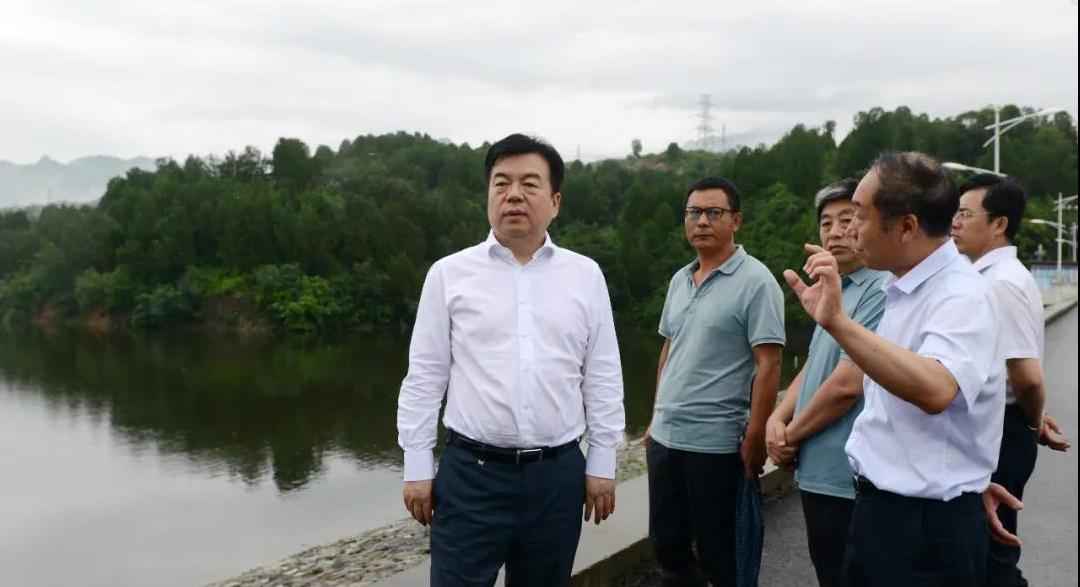 党晓龙到易县和主城区调研检查防汛工作